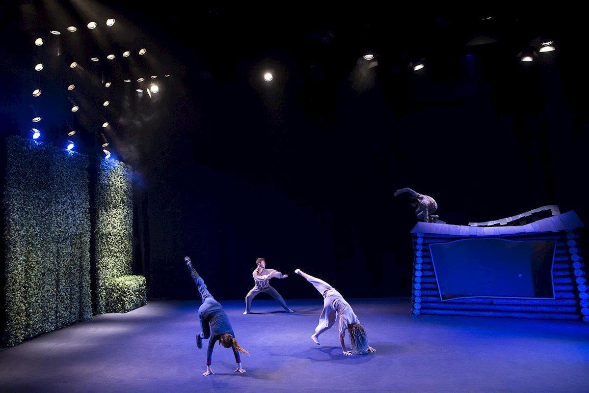 Azul Prusia azul Berlín, Huelva, anfitrión 2020, teatro, espectaculo
