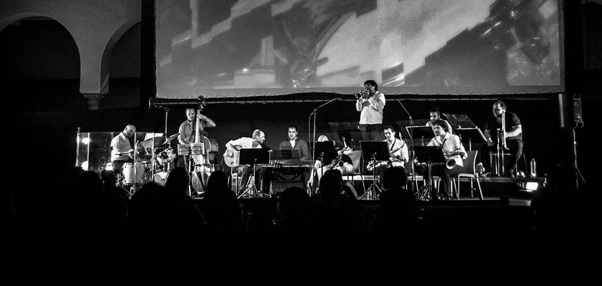 ibero swing little big band Huelva concierto foro verano 2020 muelle de las carabelas