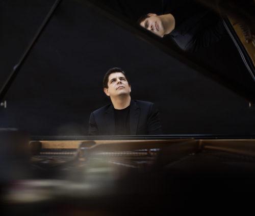 Javier Perianes Piano concierto Casa Colón Benéfico Nerva Huelva