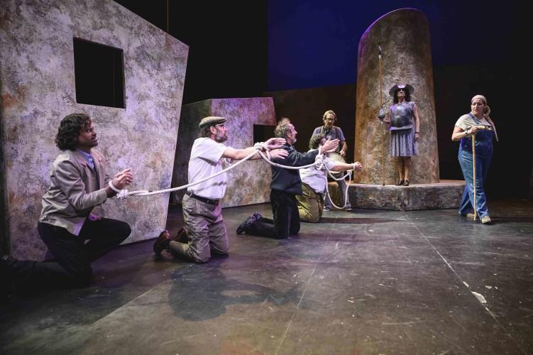 Don quijote somos todos, comedia basada en la obra de Cervantes en el teatro de Moguer