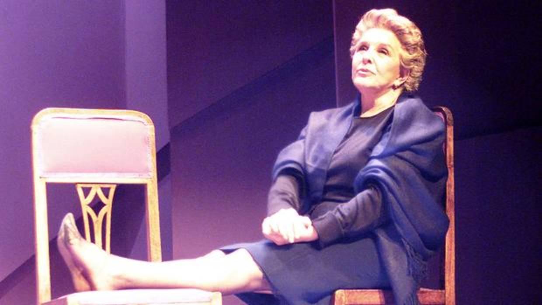 Cinco horas con Mario, Lola Herrera vuelve meterse en la piel de este personaje de esta gran obra de teatro escrita por Miguel Delibes