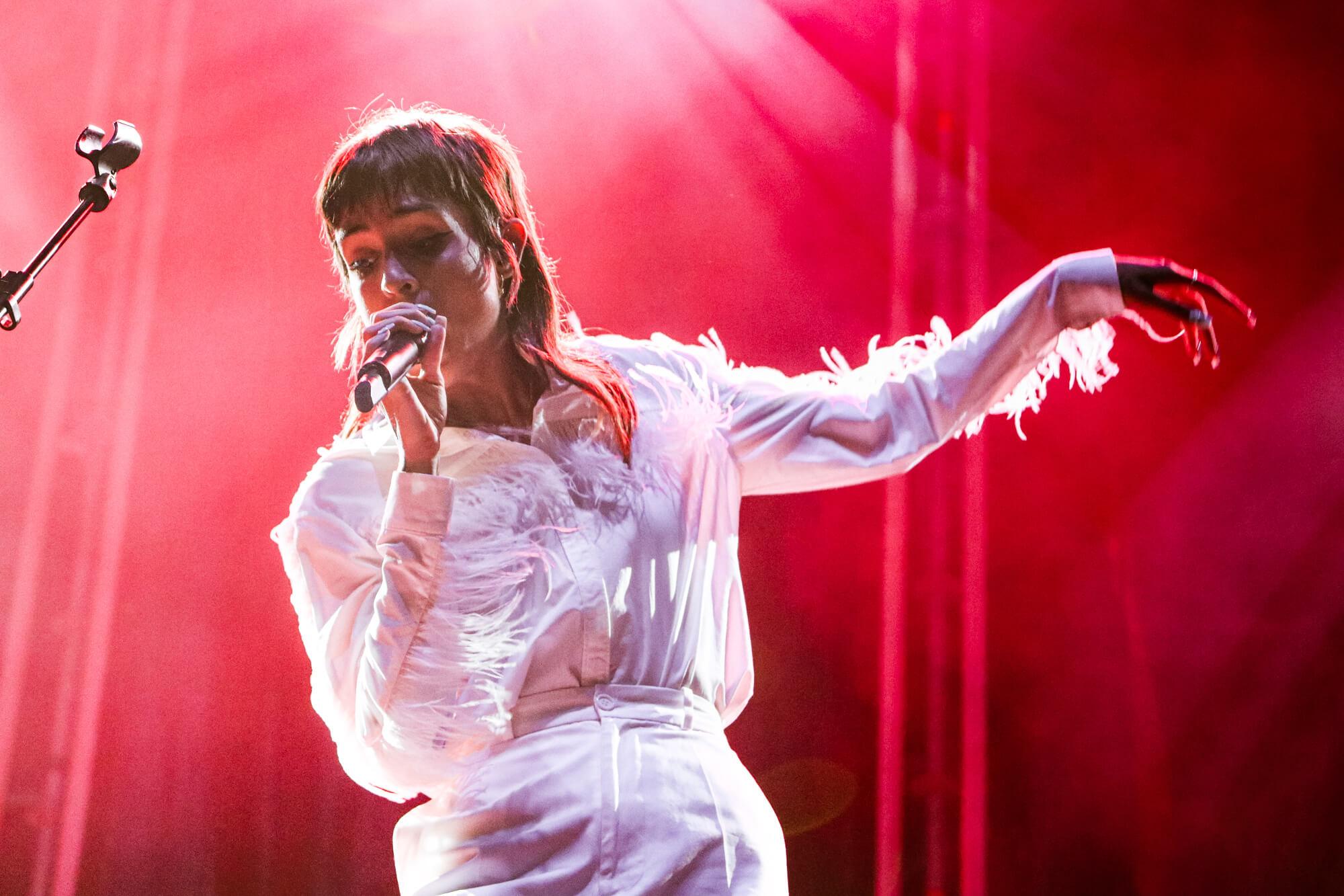 Natalia Lacunza en concierto, la joven cantante, compositora, e intérprete que brillo en Operación Triunfo, llega a Huelva