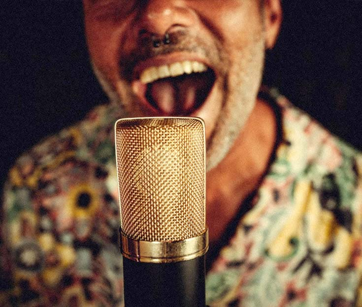 Penélope Watson presenta en directo su single