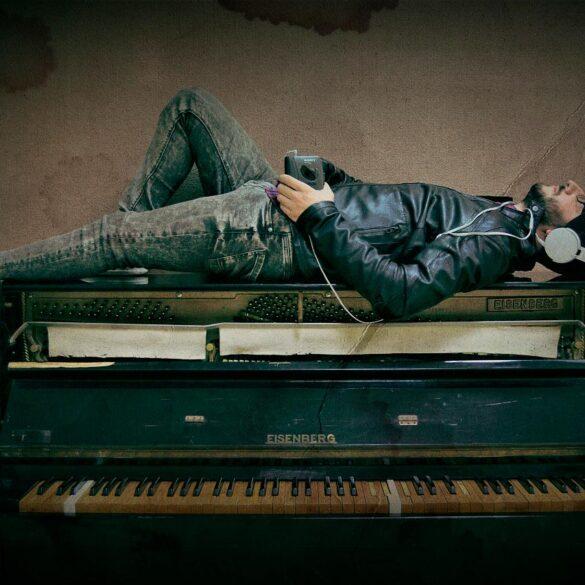 Manolo León concierto de piano en trigueros Junio