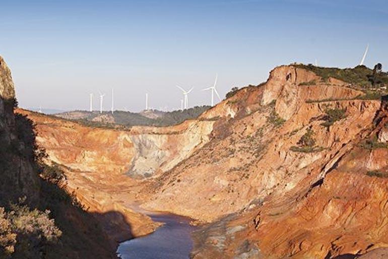 Sendero minero por Tharsis la voz de la tierra platalea y a cielo abierto