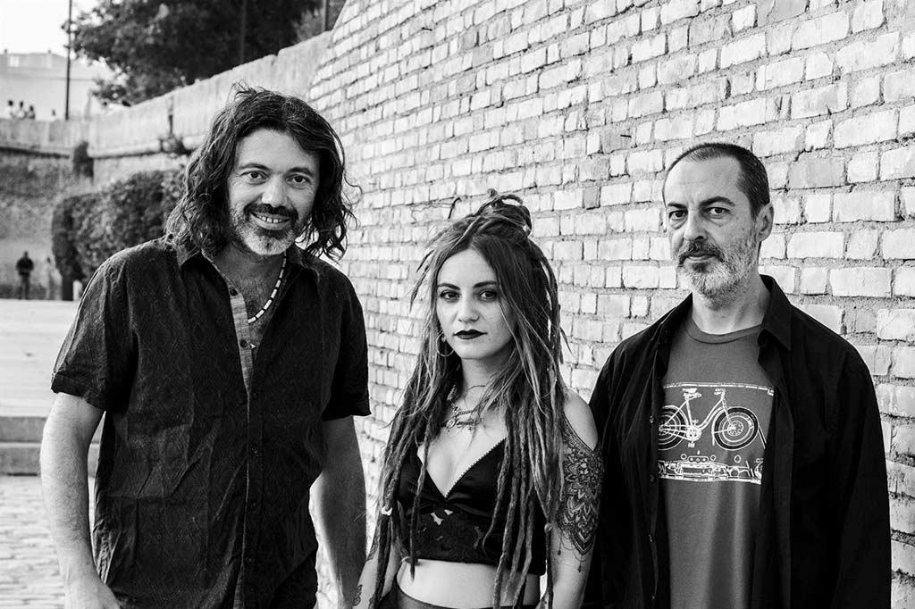 mundo divino concierto festival senderos de musica cala sierra de Huelva agosto 2021
